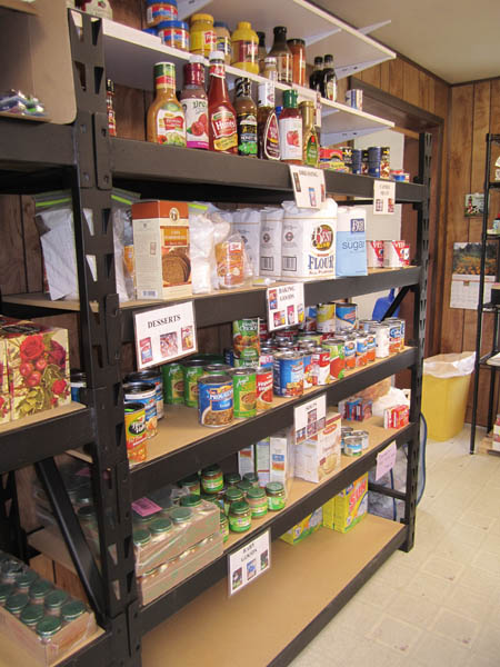 05-food-shelves-img_2585