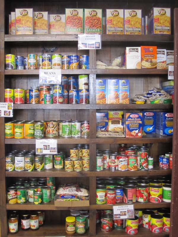 sharon-food-shelf-img_2110